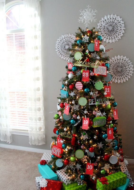 advent calendar Christmas tree is a cool two in one idea
