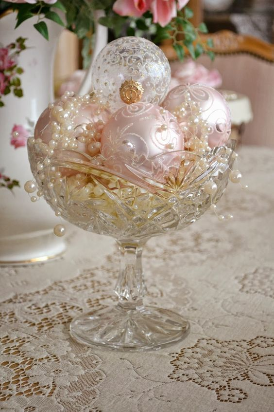 44 delicate shabby chic christmas d cor ideas digsdigs for Decoration fiancaille