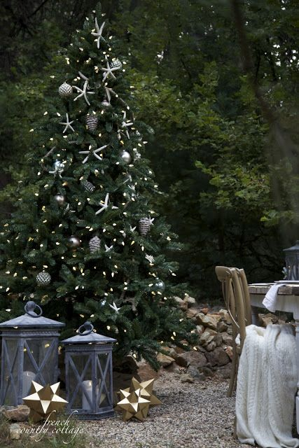 beachside Christmas tree with silver ornaments and star fish