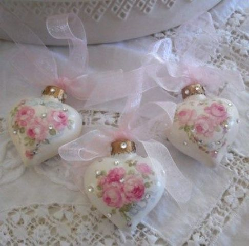 rose and rhinestone heart-shaped ornaments with pink ribbon