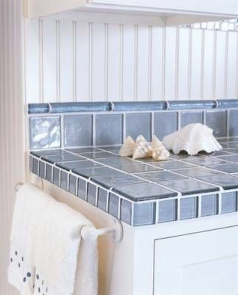 oceanside glass tiles for a beachside kitchen