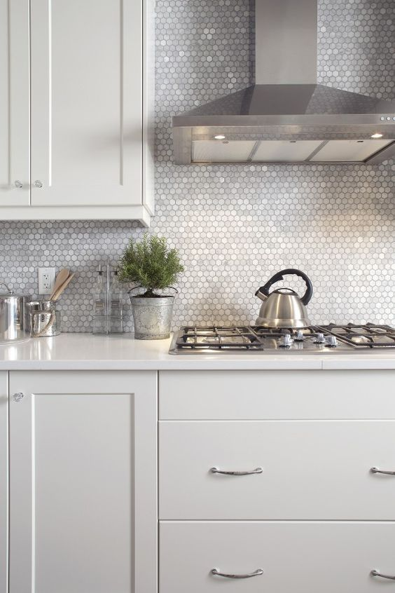 Tile And Backsplash Ideas Part - 28: Tiny Mother Of Pearl Tiles For A Chic And Glam Kitchen Look