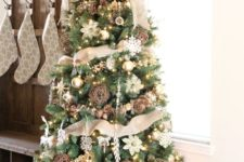 22 burlap, vine spheres and pinecones for a chic rustic tree