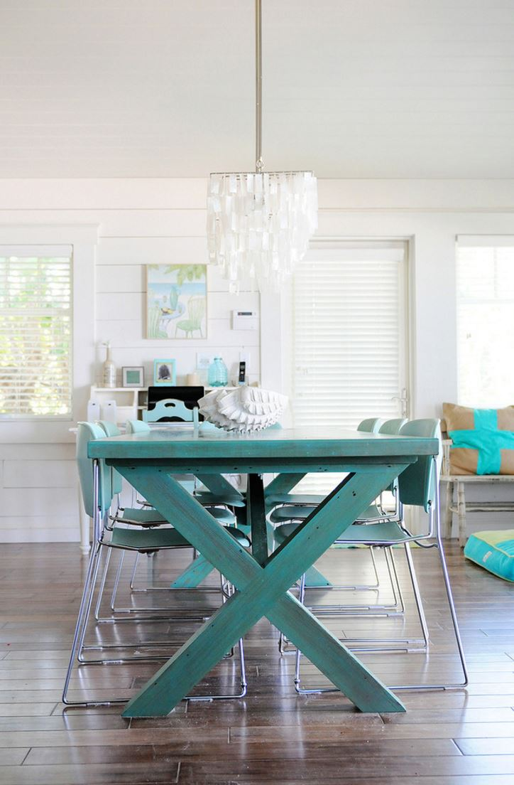 32 Indoor Picnic Table Ideas For A Relaxed Feel - DigsDigs