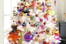 31 super bold tree decor with ornaments of all colors