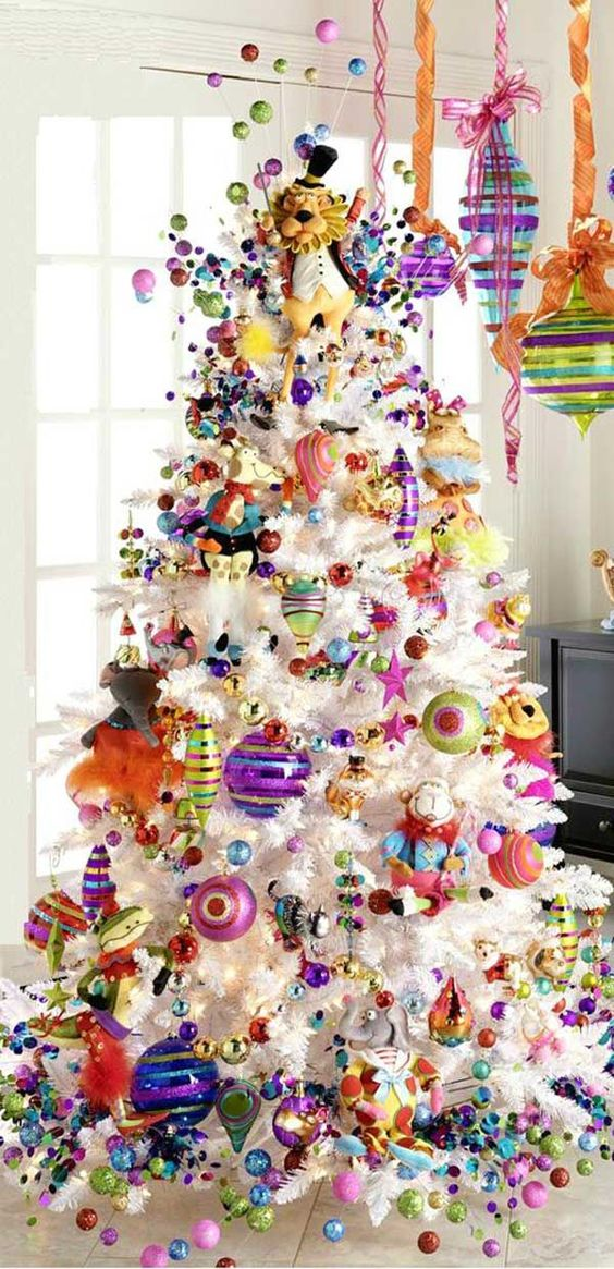 super bold tree decor with ornaments of all colors
