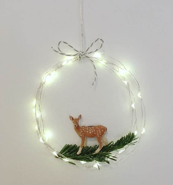 wire LEDs wreath with a reindeer
