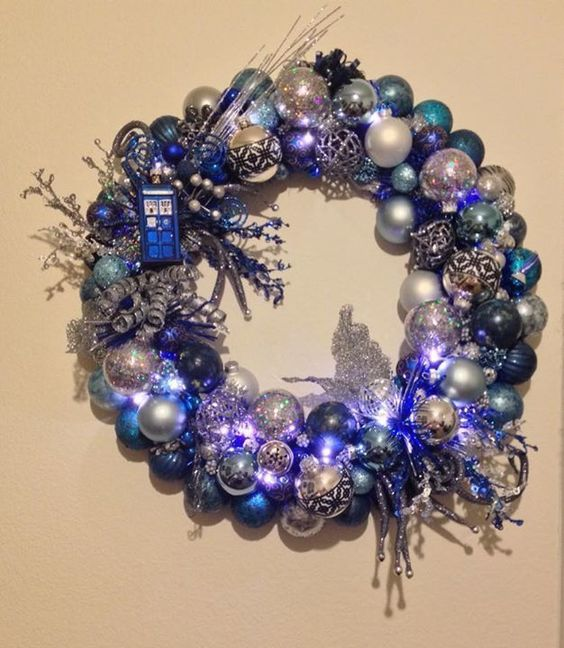 Doctor Who tardis wreath with onaments