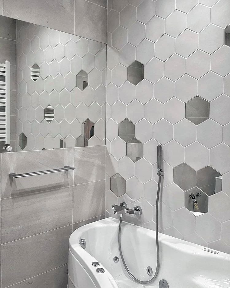 60 Stylish Hexagon Tiles Ideas For Bathrooms - DigsDigs