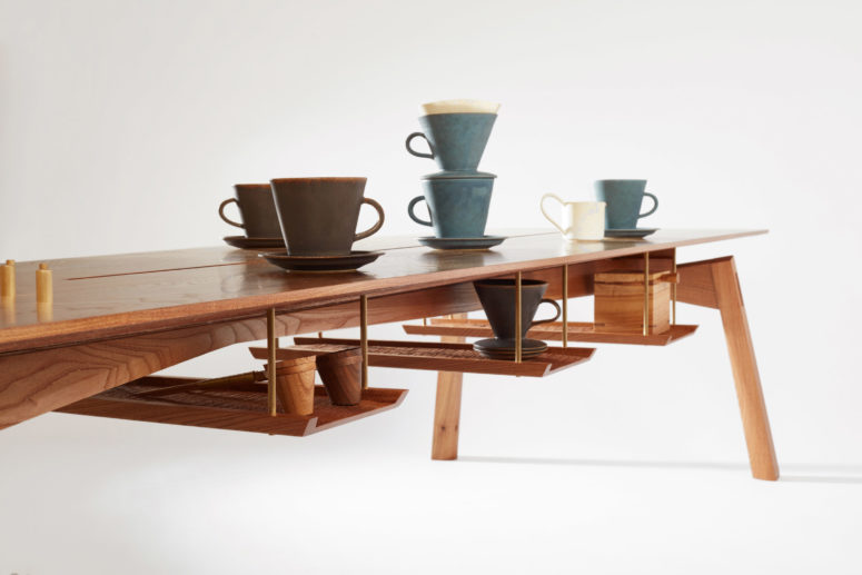 There are wooden scoops and cups in the collection that will make your coffee perfect