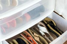 03 plastic containers like that good to storeg shoes, and you can see what's inside