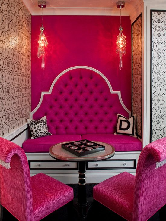 Breakfast Nook With A Hot Pink Accent Wall And Furniture Looks Interesting