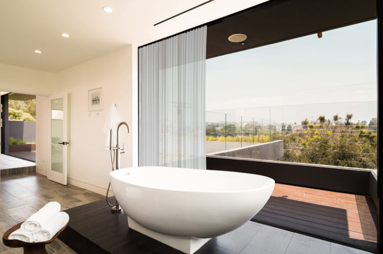 The views are amazing, including those from the free-standing bathtub