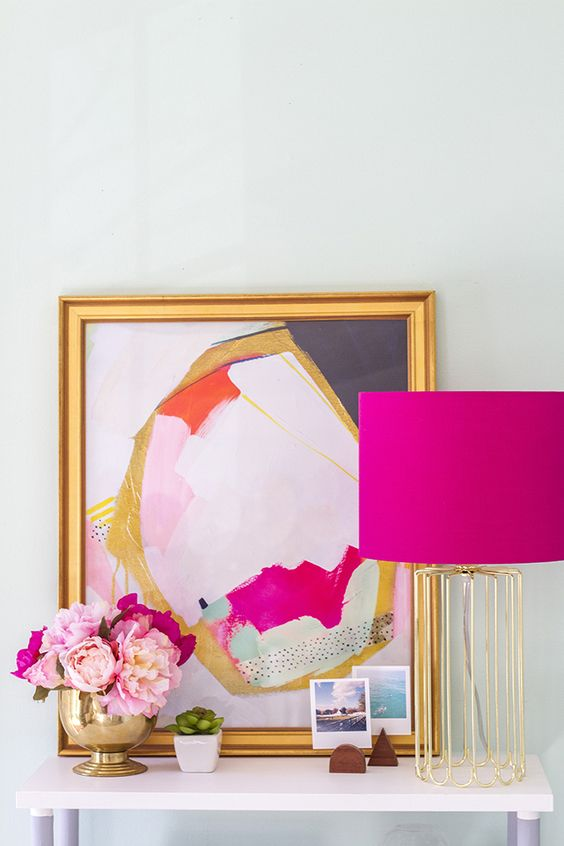 make a fuchsia lampshade for your bedroom to create a mood