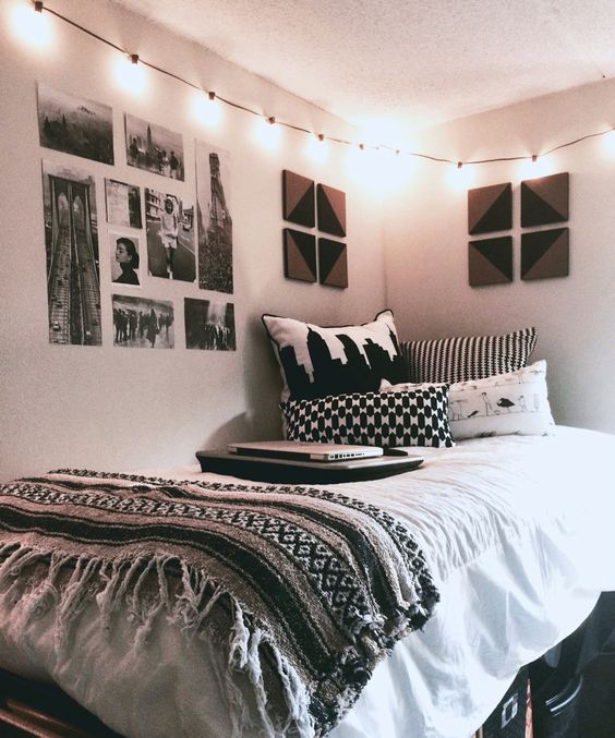 31 cool dorm room d cor ideas you ll like digsdigs for Black bedroom ideas pinterest