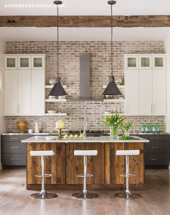 whitewashed brick accent wall for a rustic feel in the kitchen