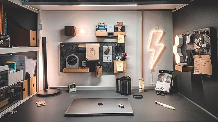 a dorm desktop could also be peronalized in a way to become a small man cave