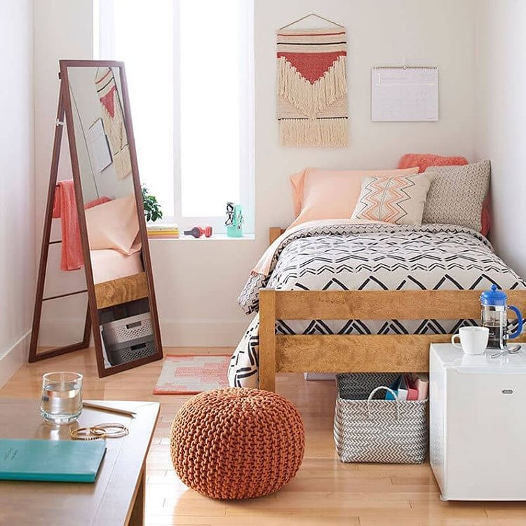 a girl's dorm room definitely need a mirror (via @architectures_idea)