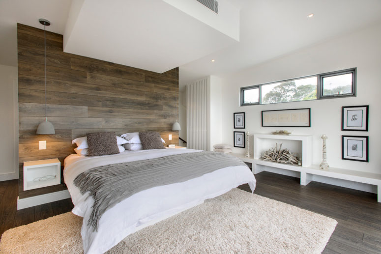 Timeless Taupe Color Home Décor Ideas, What Color Bedding Goes With Taupe Walls