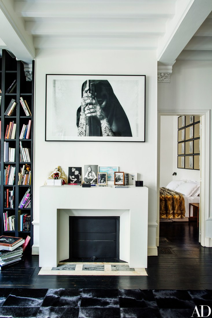 This adorable townhouse in Paris belonged to Vogue editor Franca Sozzani and was decorated by her