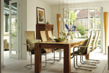 warm dining room decor