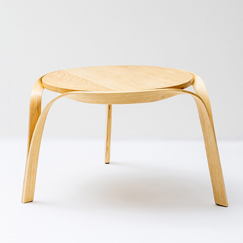 The table looks great with bent legs and a cool sleek top