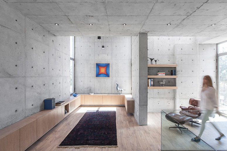 Concrete and wood are the main materials used for decor, and create a textural look