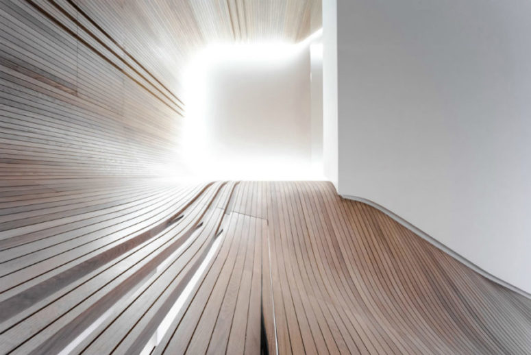 Organic curves look just a tiny bit surreal, such a bold modern statement is a great idea - no colors, just textures