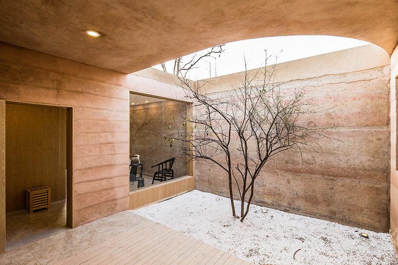 small courtyard design
