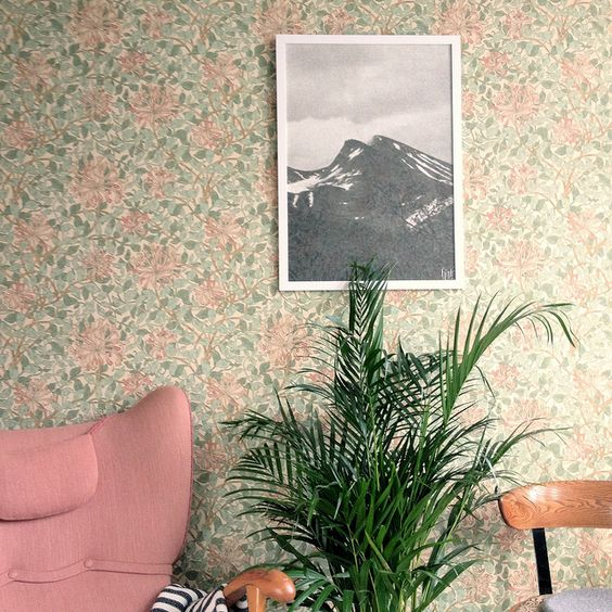 floral wallpaper in calm green and pink for a living room