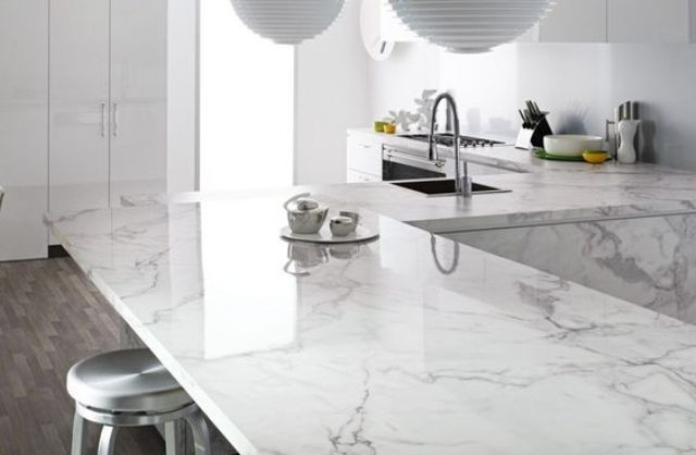 marble-printed quartz has a chic look and will make your kitchen stunning