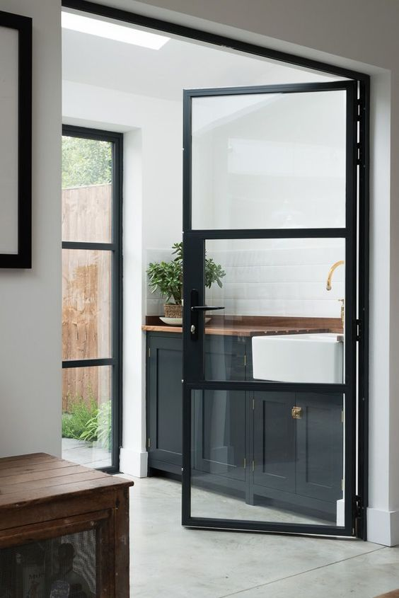 33 stylish interior glass doors ideas to rock digsdigs for Porte interieure aluminium vitree