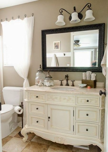 29 vintage and shabby chic vanities for your bathroom. Black Bedroom Furniture Sets. Home Design Ideas