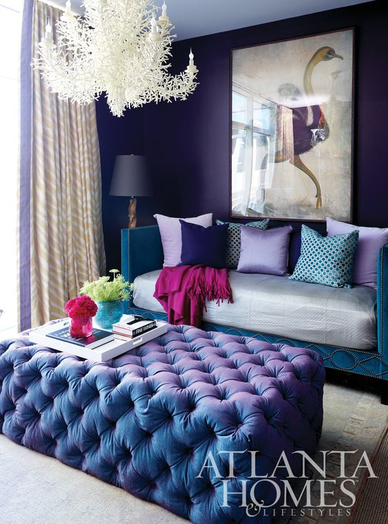 Violet Room Design: 34 Analogous Color Scheme Décor Ideas To Get Inspired