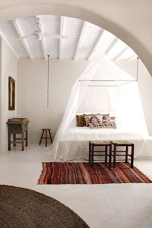 33 canopy beds and canopy ideas for your bedroom digsdigs - Canopy bed without frame ...