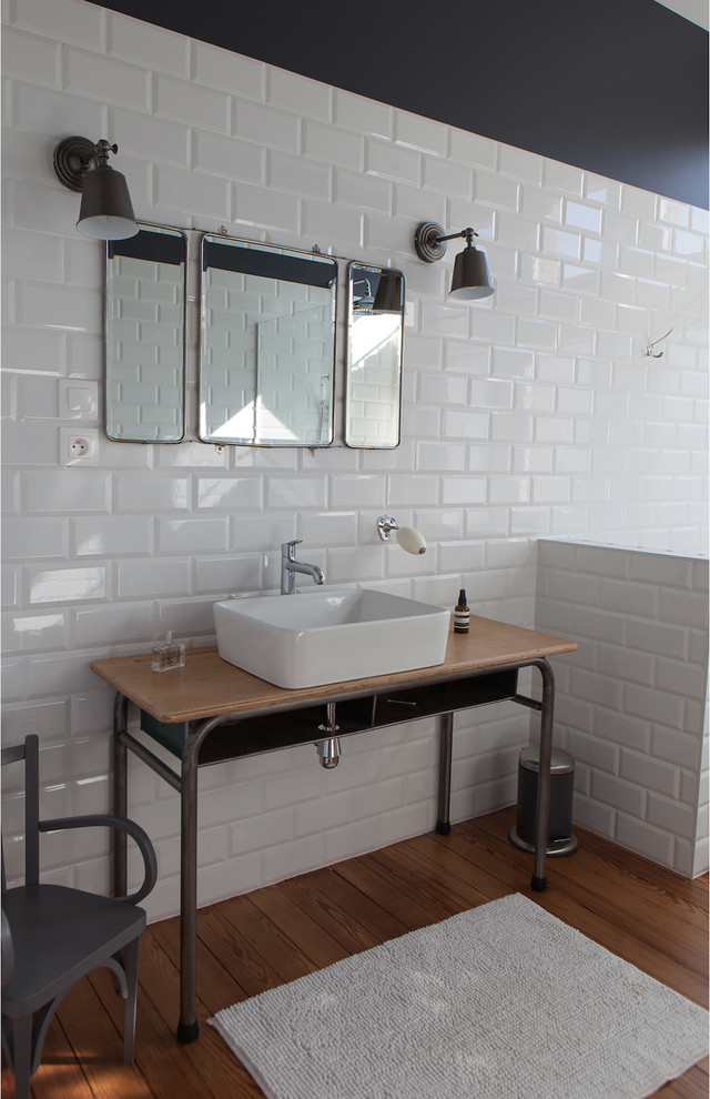 Iron pipes is a great base for an industrial vanity.