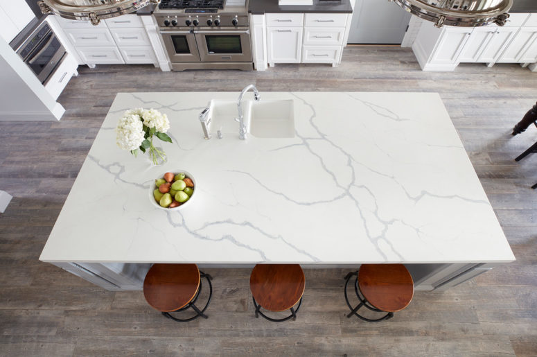 quartz surface could look like real marble but it is cheaper