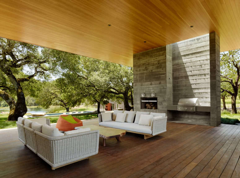 This Sonoma Residence was designed to be suitable for outdoor living in the summer months