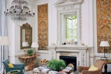 01 This art-filled home was decorated by its owner, she has a perfect taste for antiques, furniture and artworks