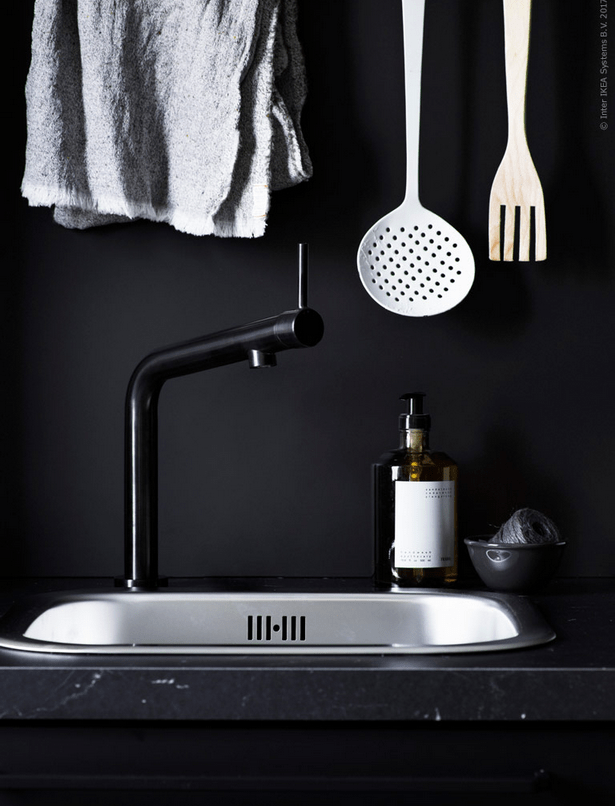 I love the faucet shape, its laconic and industrial look is unique and stylish