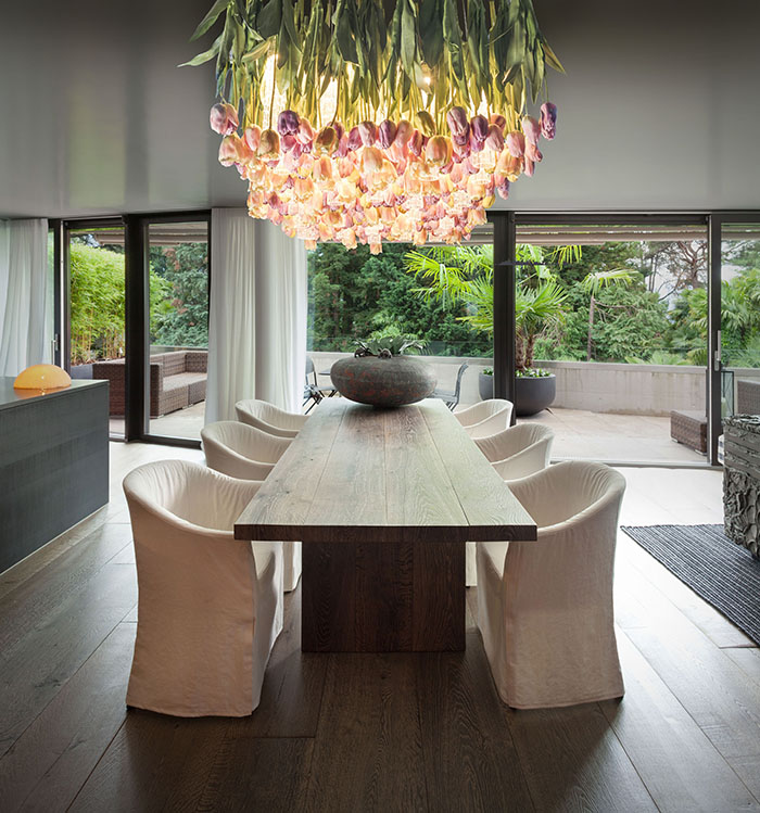 chandelier that makes a statement