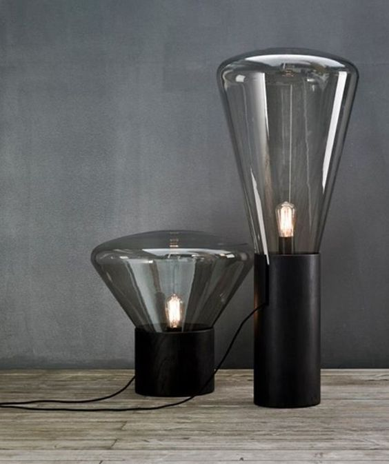 muffin-inspired table lamp with a black base and eye-catchy glass shades