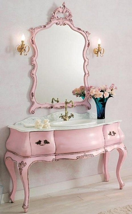 Merveilleux Vintage Pink Bathroom Vanity With A Matching Mirror