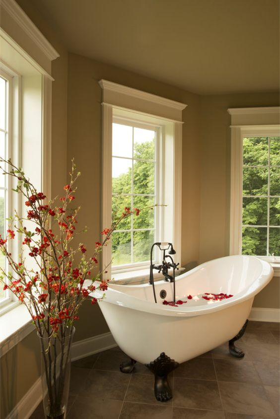 bathroom tubs and showers ideas 40 refined clawfoot bathtubs for elegant bathrooms digsdigs 2801
