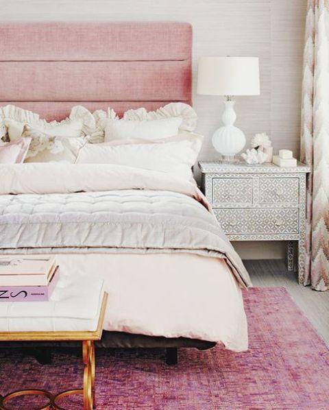 32 Cute And Delicate Feminine Bedroom Furniture Ideas