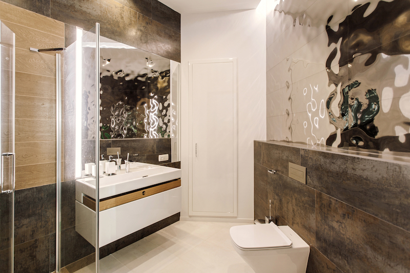 The bathrooms are also simple but at the same time they look glamorous, stylish and sophisticated