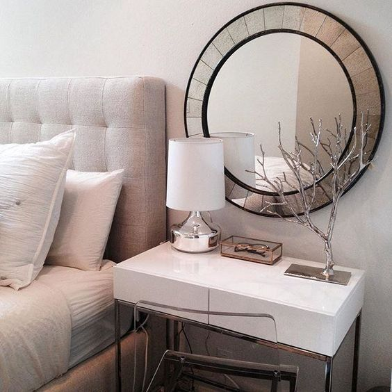 lacquer storage nightstand and makeup table in one