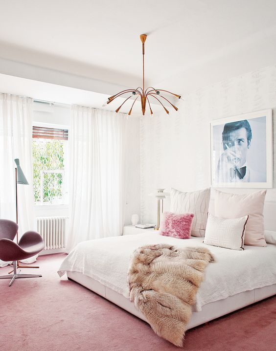 copper mid-century modern chandelier for an eye-catchy look