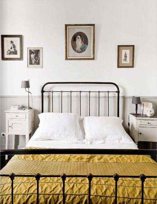 35 mismatching bedside tables ideas for bold decor - digsdigs Different Nightstands