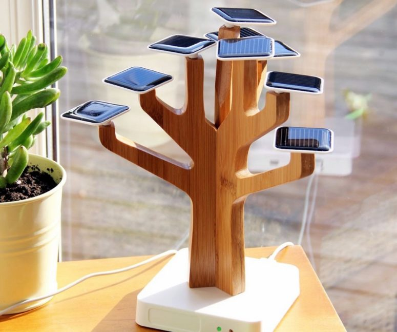 Solar Suntree battery charger is an eye catchy piece that can accomodate a lot of gadgets at once and recharge them all